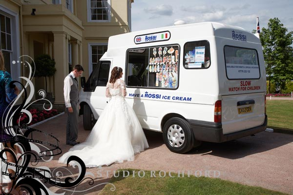 the-lawn-photography-wedding.jpg